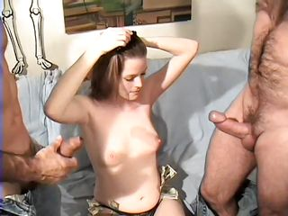 Порно фильмы садиться на лицо