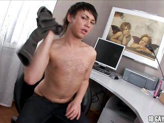 Гей видео молодых парней бесплатно